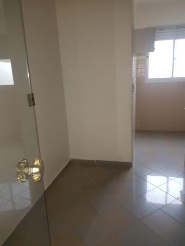 Alugar Apartamento / Padrão em Jundiaí apenas R$ 950,00 - Foto 10
