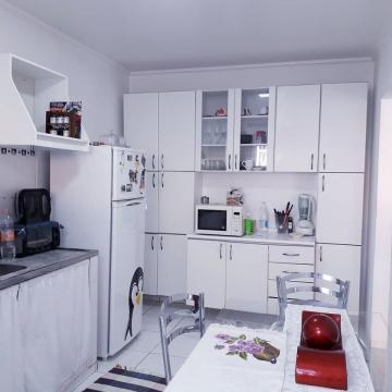 Comprar Apartamento / Padrão em Jundiaí R$ 215.000,00 - Foto 6