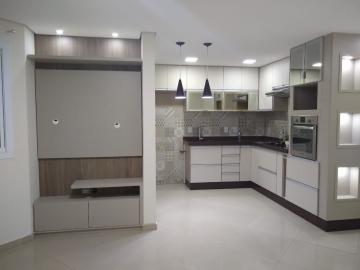 Comprar Apartamento / Padrão em Jundiaí apenas R$ 220.000,00 - Foto 1